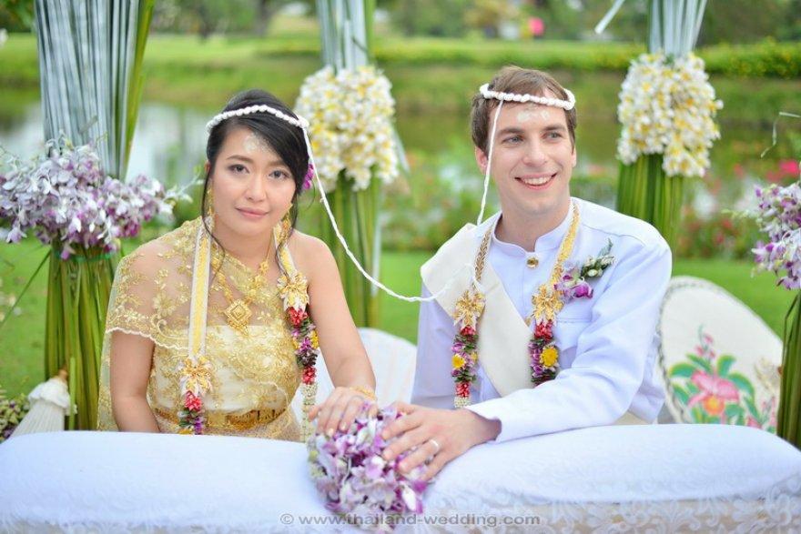 เรือนไทยสำหรับจัดงานแต่งงาน